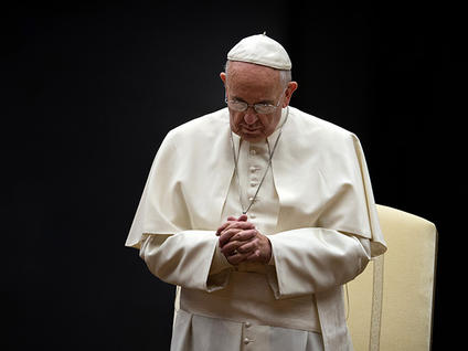 pope-francis-in-prayer_medium
