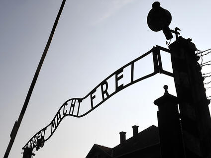Sign-in-Auschwitz_medium